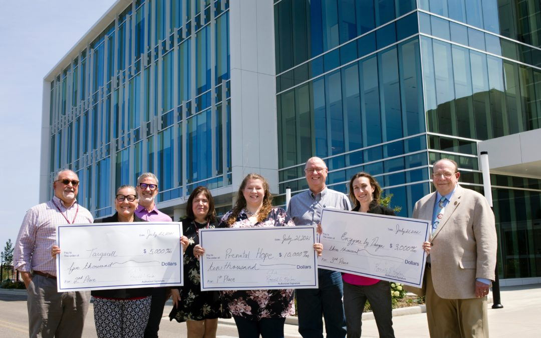 Rosalind Franklin University and the SmartHealth Activator Host Inaugural Biotech Business Plan Competition: Three Women Executives Win Top Awards